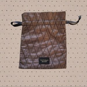 Victoria's Secret Lingerie Quilted Drawstring Tote